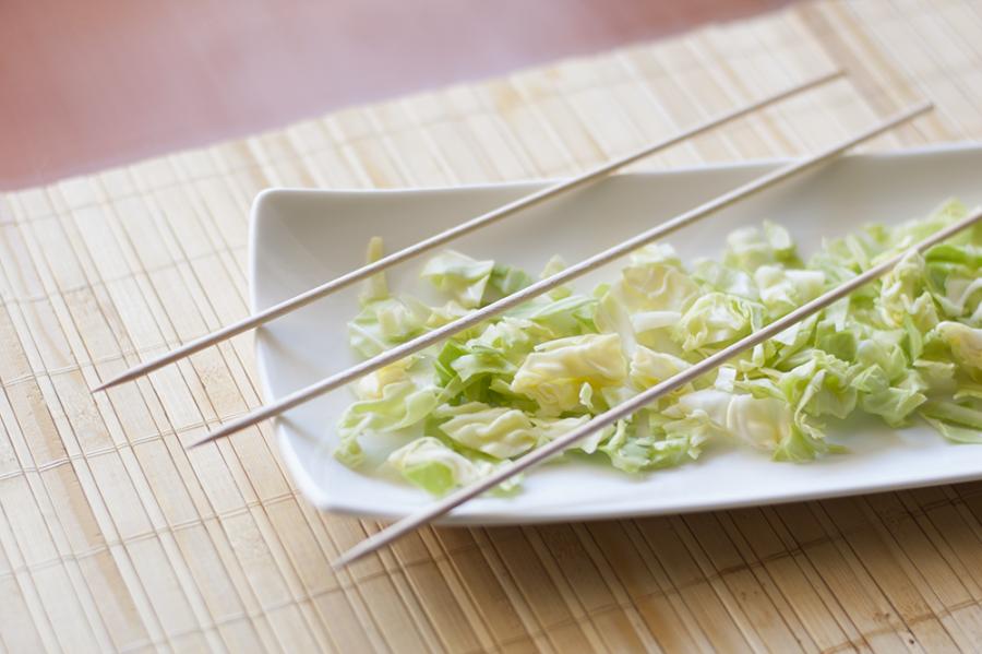 Brochetas de seitán con patata y boniato. Recetas veganas. Carne vegetal.