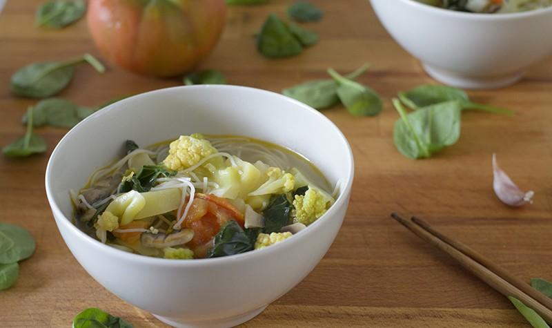 recetas_veganas_sopa_oriental_vegetariano