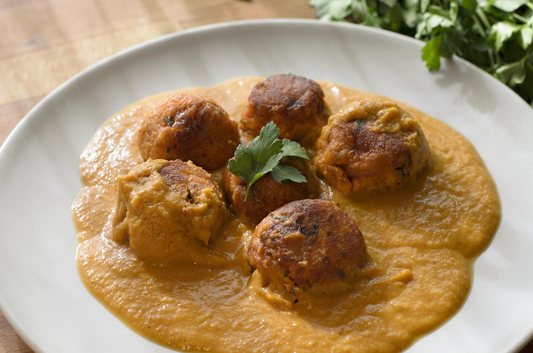 Alb ndigas vegetales en salsa mis recetas veganas f ciles - Albondigas tradicionales ...