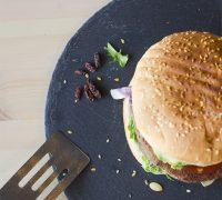 hamburguesa-vegana-alubias-quinoa2