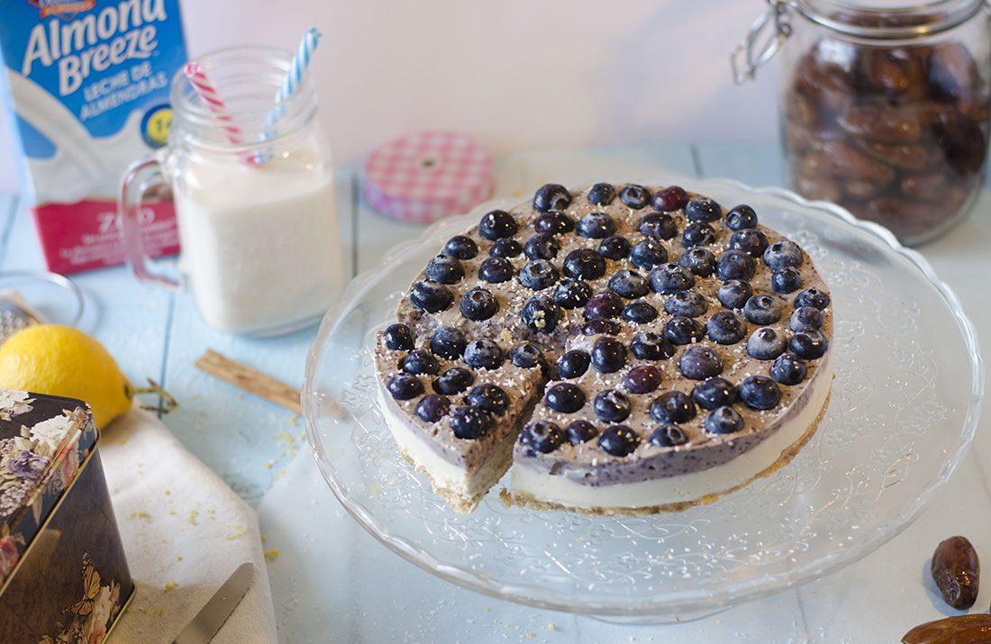 Cheesecake crudivegano de arándanos