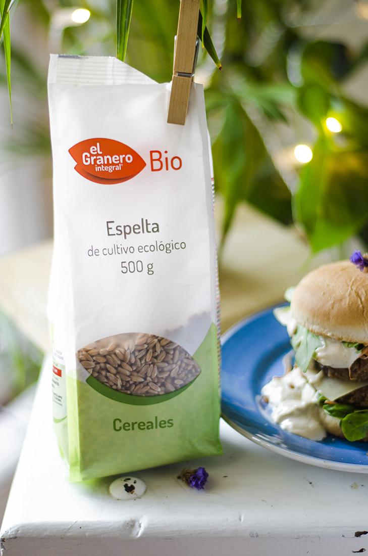 Hamburguesa Vegana a partir de la Espelta Ecológica de El Granero Integral