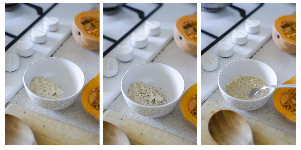Para hacer la tortilla sin huevo mezclaremos harina de garbanzo y agua.