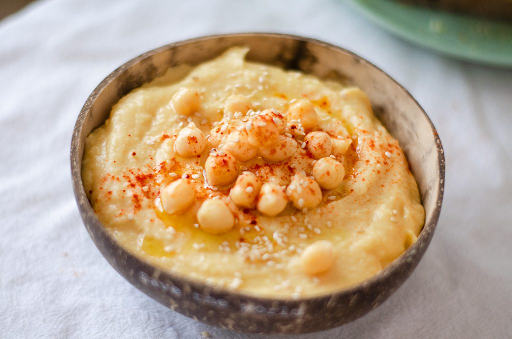 Recetas vegetarianas fáciles, rápidas y baratas: hummus casero.