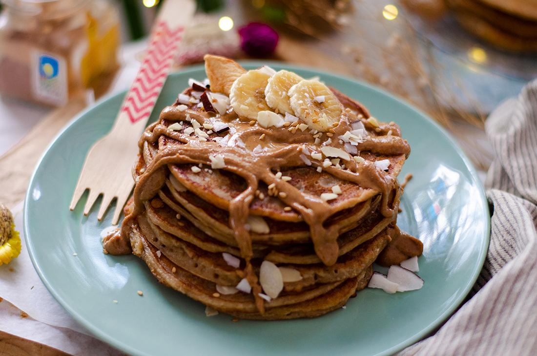 Tortitas de mantequilla de cacahuete: recetas veganas fáciles. Dulces.