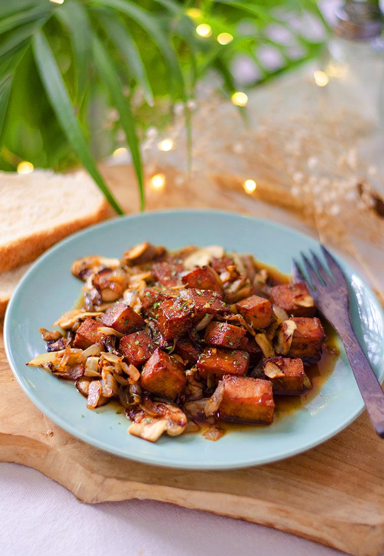 Recetas con tofu: cómo comerlo? Tofu en salsa. Recetas veganas fácil