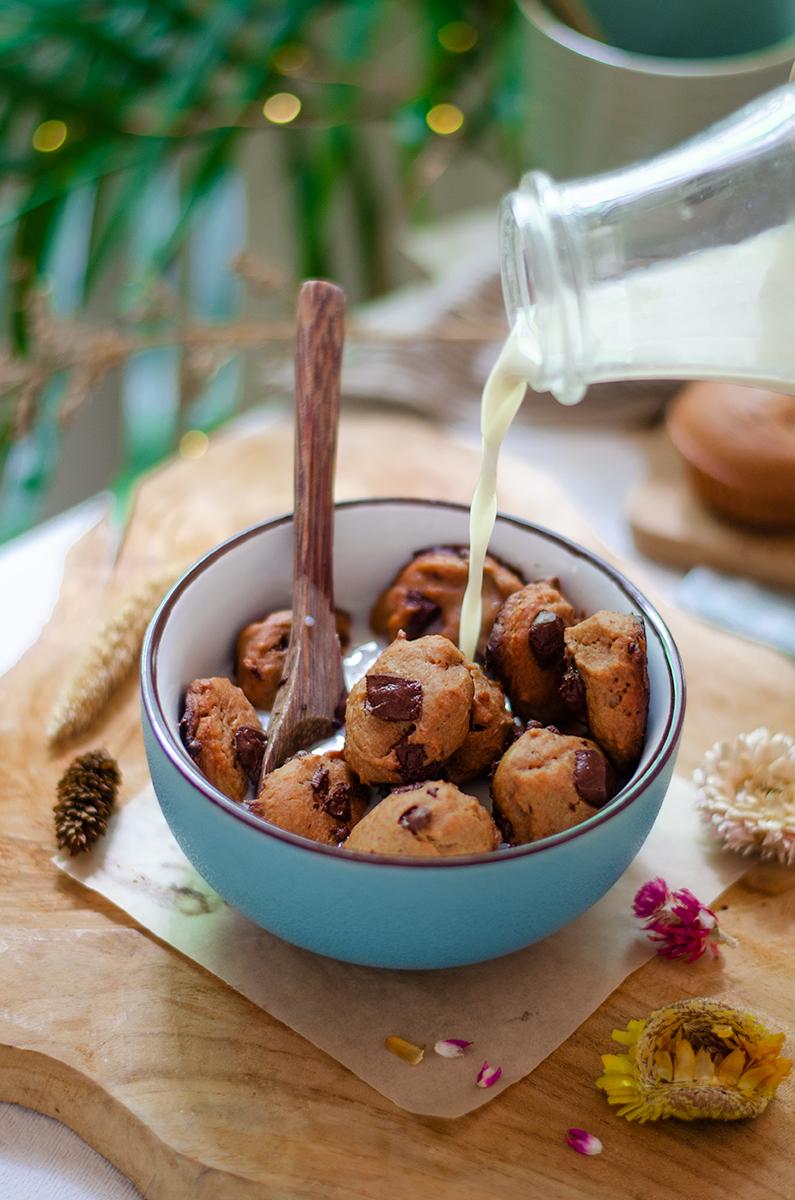 Cereales de galleta, veganos y caseros. (Cookie cereal)
