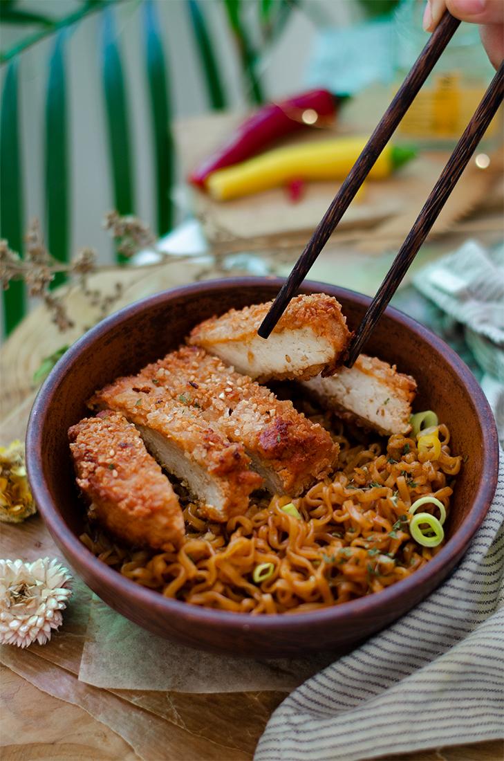 Recetas veganas fáciles: tofu crispy (filetes crujientes veganos, sin carne).