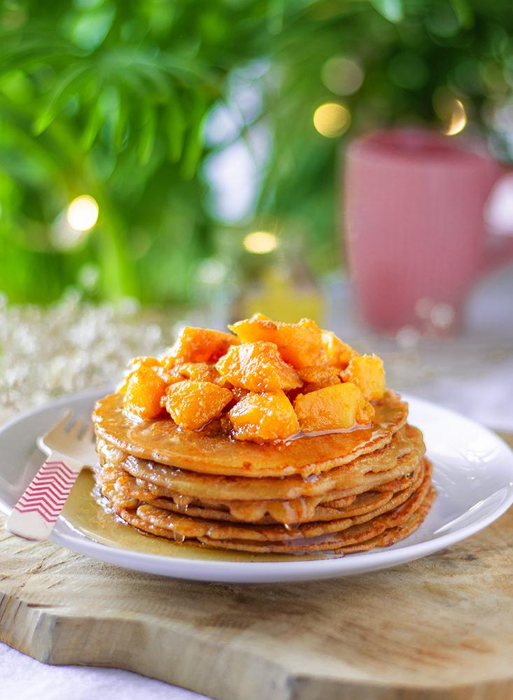 Tortitas veganas de calabaza y sirope (pancakes)