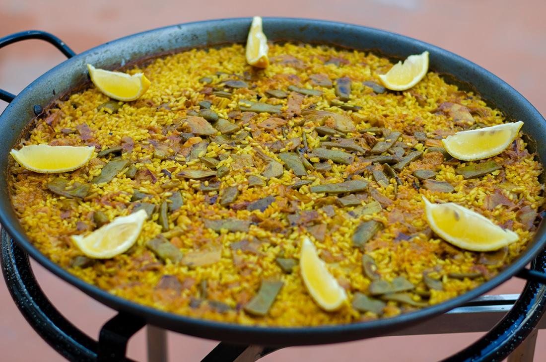 Receta paso a paso: Paella de verduras tradicional. Paella vegana. Como hacer una paella sin carne ni pescado.