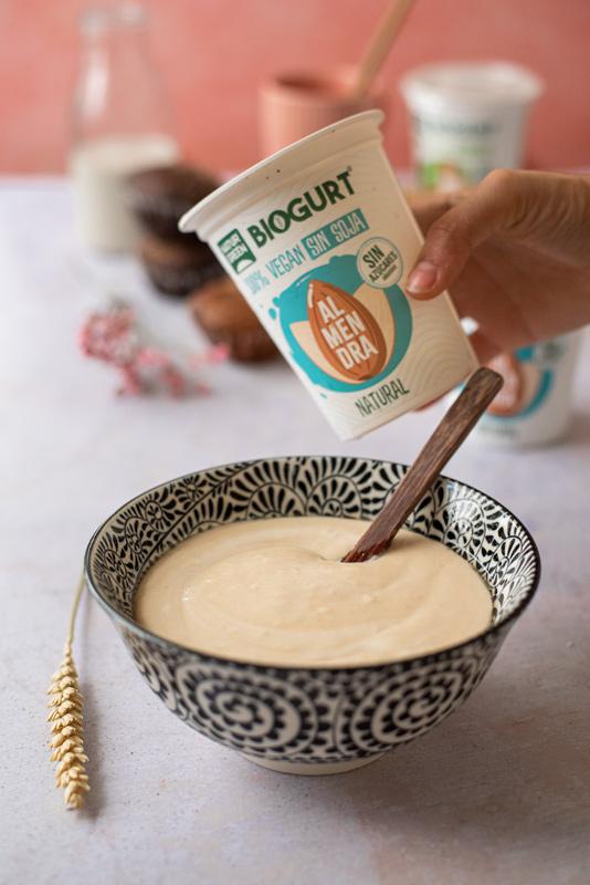 Helado de yogur vegetal y arándanos (fácil)